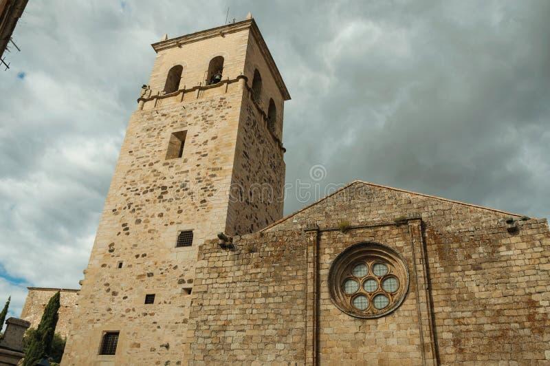 Fasad av Santa Maria la Mayor Church på Trujillo arkivbilder