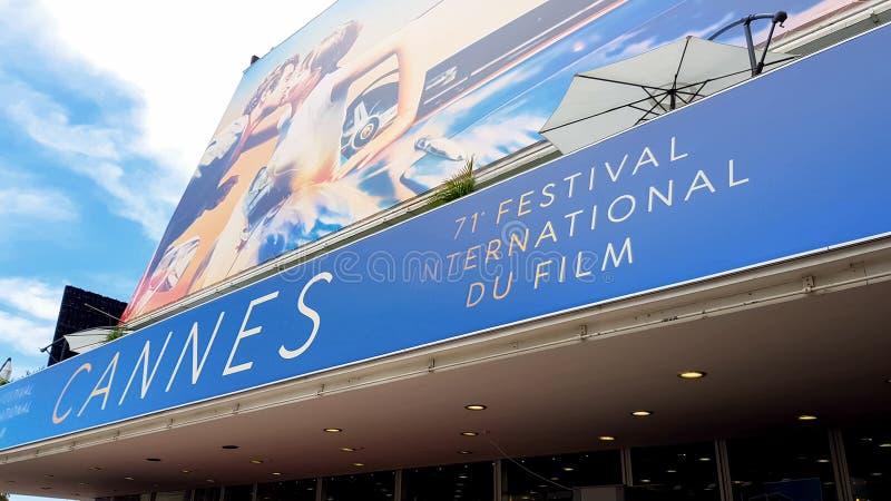 Fasad av slotten av den Cannes filmfestivalen som tilldelar ceremoni för begåvat folk royaltyfri foto