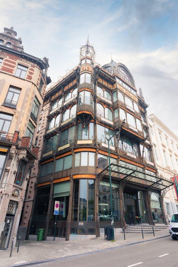 Fasad f?r musikinstrumentmuseumbyggnad i Bryssel, Belgien arkivfoton