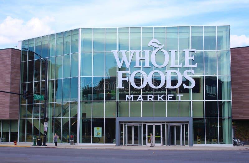 Fasada Nowy Whole Foods sklep w Chicago, Stany Zjednoczone zdjęcie stock