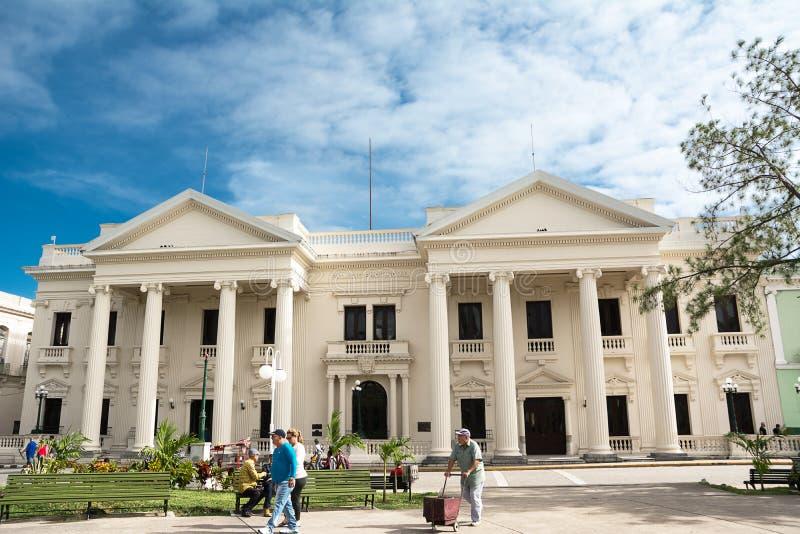Fasada Palazzo Comunale di Santa Clara na niedziela rano obrazy royalty free