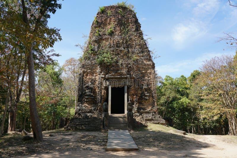 Fasada Prasat Tao w Sambor Prei Kuk w Kambodża zdjęcie royalty free