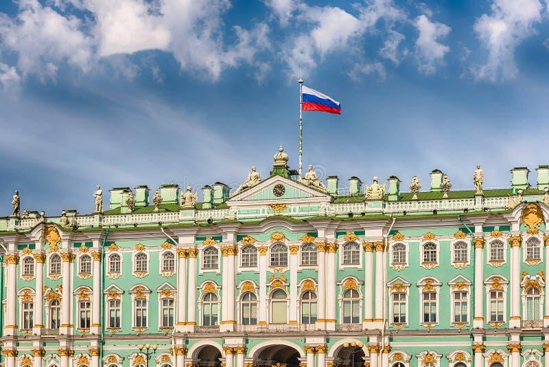 Fasada zima pałac, eremu muzeum, St Petersburg, R zdjęcie stock