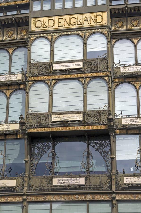 Fasaden av byggnaden i Art Nouveau stil. royaltyfria foton