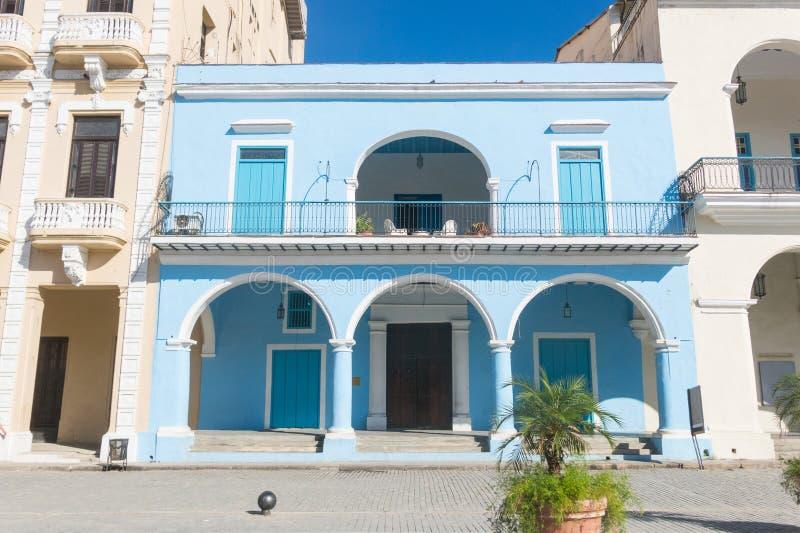 Fasaden av Fototecaen av Kuban Den gamla fyrkanten eller plazaen Viej arkivbilder