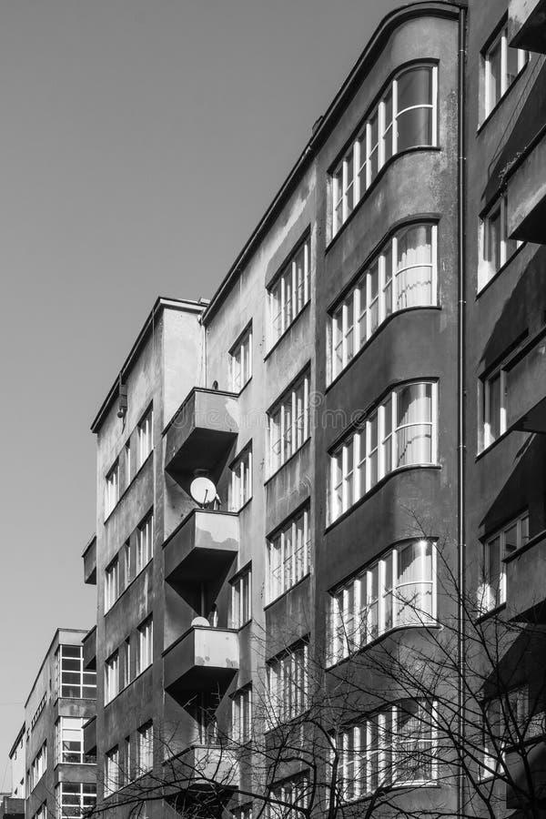 Fasader av hyreshusar arkivfoto
