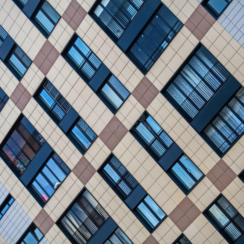 Fasadowi rozwiązania nowi budynki mieszkalni fotografia royalty free