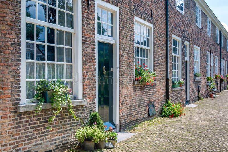 Fasady historyczny Beguinage w Holenderskim mieście Breda zdjęcia royalty free
