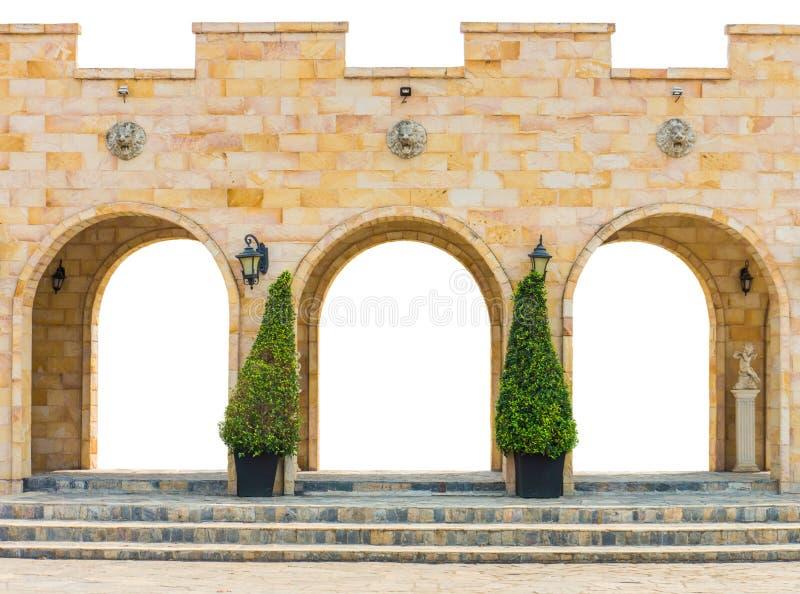 Fasadyttersida av tegelstenbyggnad som isoleras på vit bakgrund royaltyfri foto