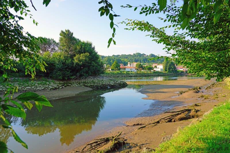 Fasan-Insel auf dem Bidasoa-Fluss zwischen Frankreich und Spanien stockbild