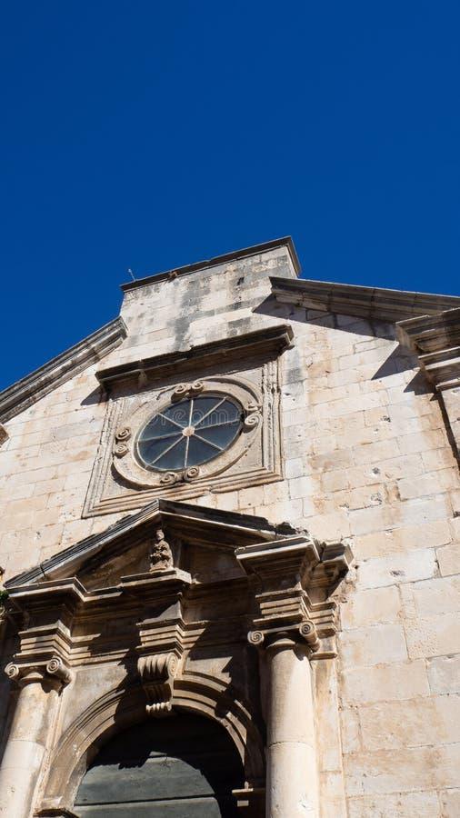 Fascinera arkitektur i den gamla staden av Dubrovnik, Kroatien arkivfoton