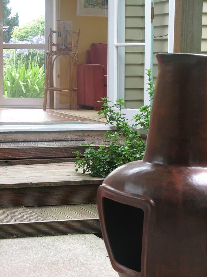 Download Fascino di Chimnea immagine stock. Immagine di aperto, wooden - 450003