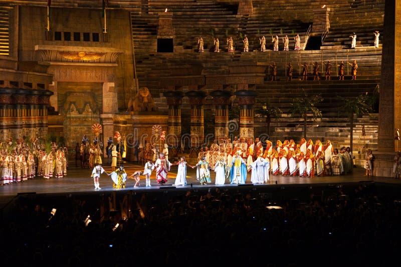 Fase com Aida Scenery nos di Verona da arena, Itália fotos de stock royalty free