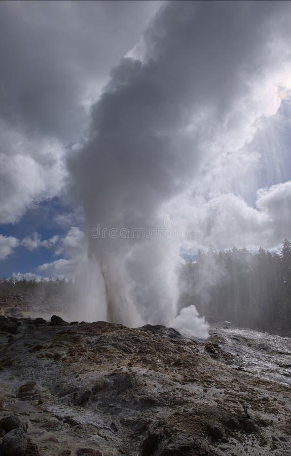 Fase del vapore del geyser della nave a vapore fotografie stock