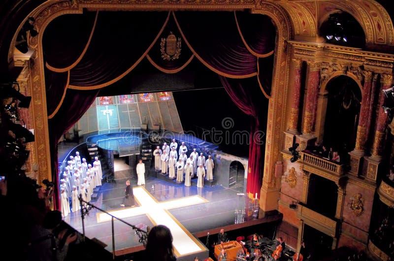 Fase do teatro da ópera de Budapest fotografia de stock royalty free