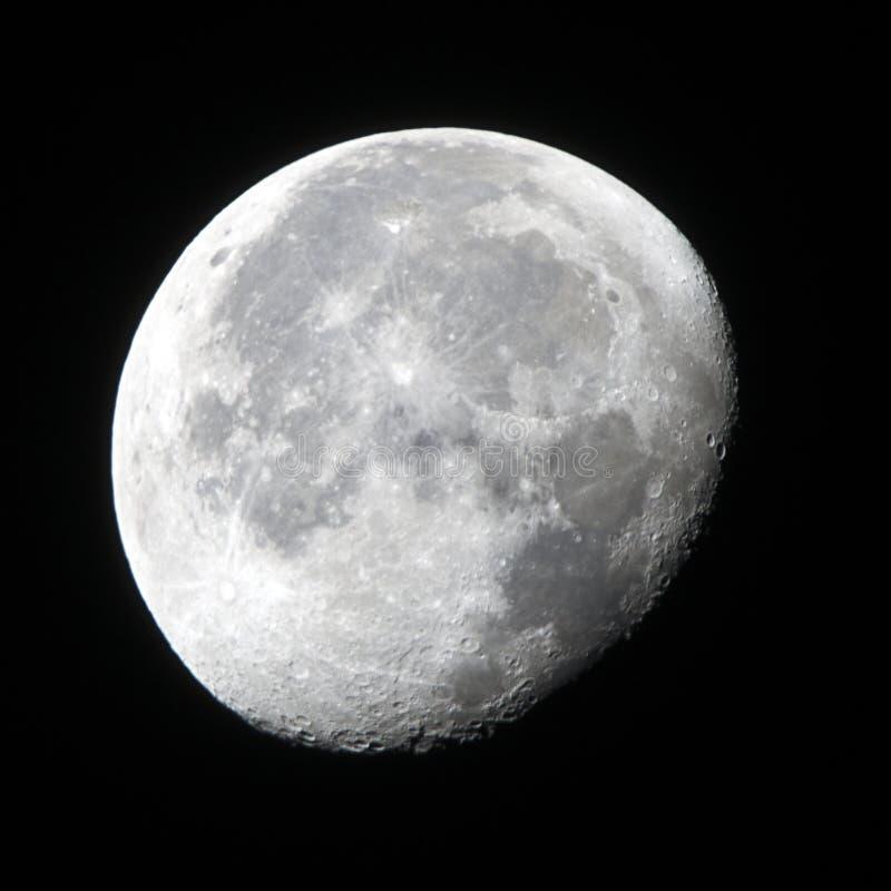 Fase gibosa de disminución de la luna fotos de archivo