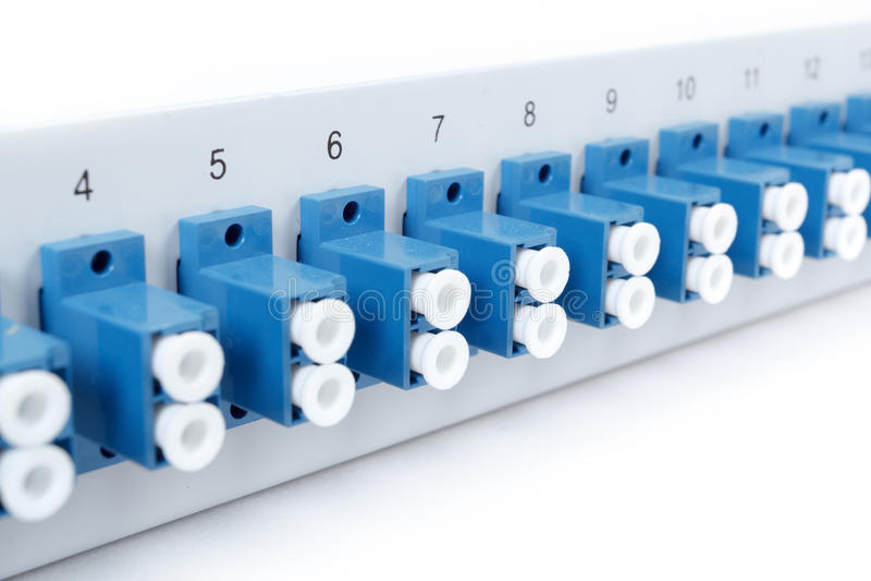 Faseroptikverteiler mit Sc-Adaptern stockfotos