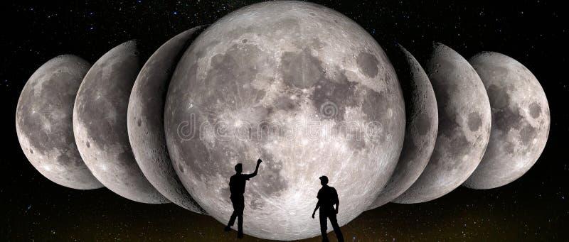 Fases de la luna simultánea en fila y de dos observadores fotos de archivo