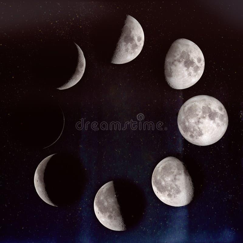Fases de la luna sobre el cielo nocturno con las estrellas imágenes de archivo libres de regalías