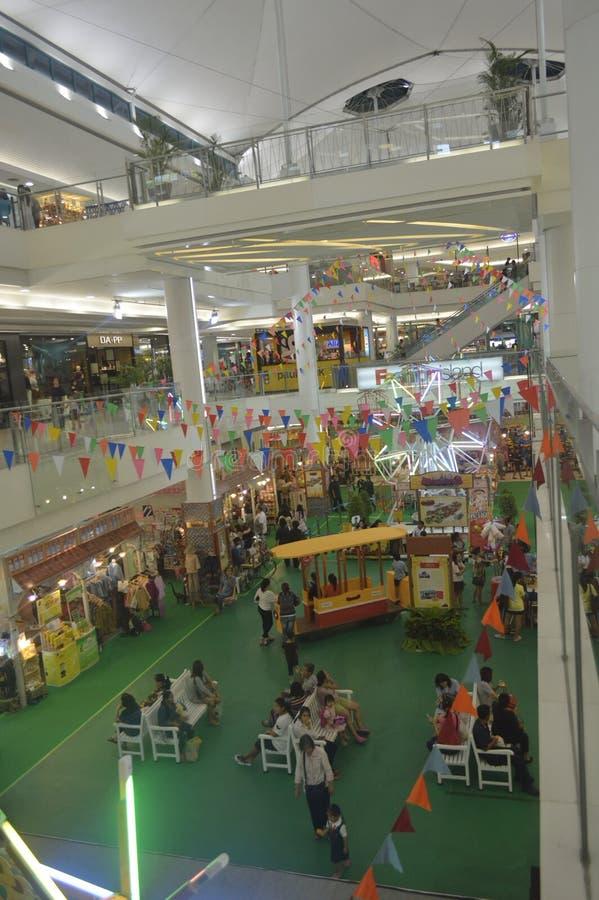 Fashion island shopping mall 63