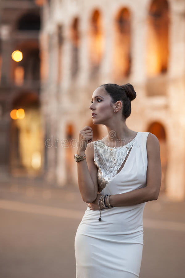 Free Fashion Model With Coloseum In The Background. Rome, Italy Stock Photos - 41618593