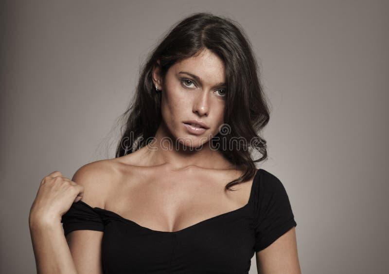 Download Fashion Photo Brunette In Studio Stock Photo - Image: 21532578