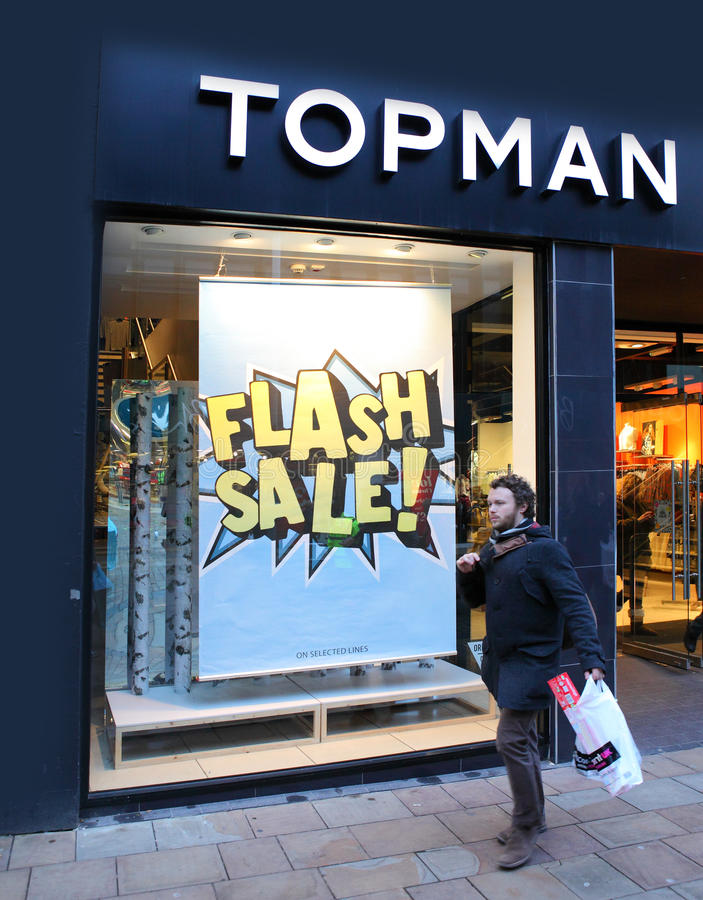 Fashion retailer Topman. Topman and Topshop store front with flash sale sign. A fashion retailer that is part of the larger Arcadia group. Wolverhampton, UK stock image