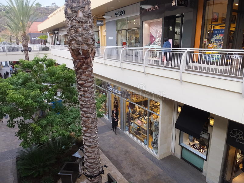 Download Fashion Valley Mall In San Diego, California Editorial Photography - Image of outside, mall: 36402282