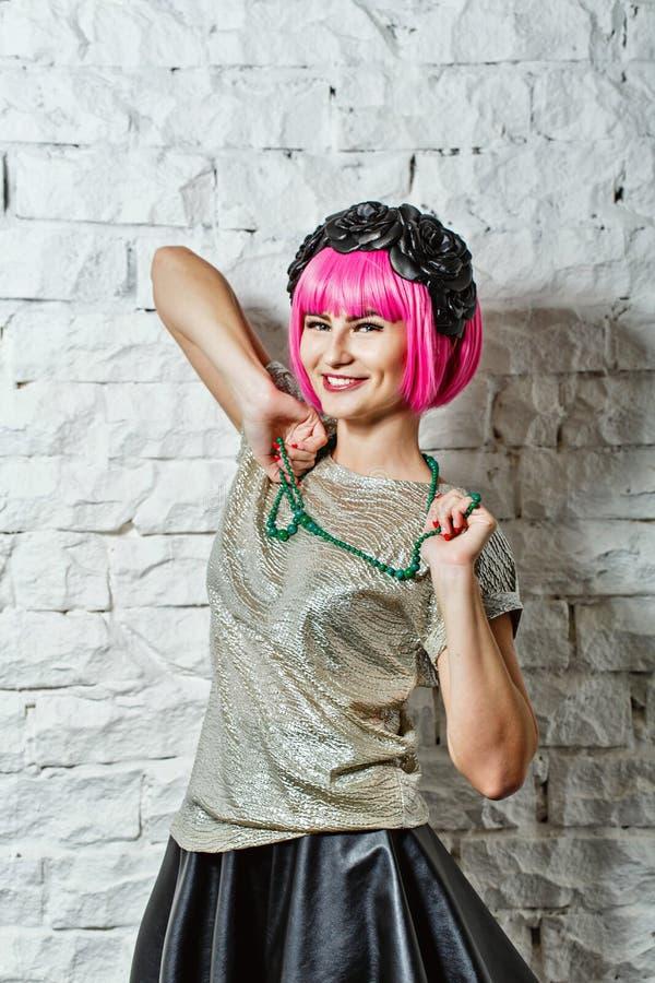 Fashionista avec des perles photos libres de droits