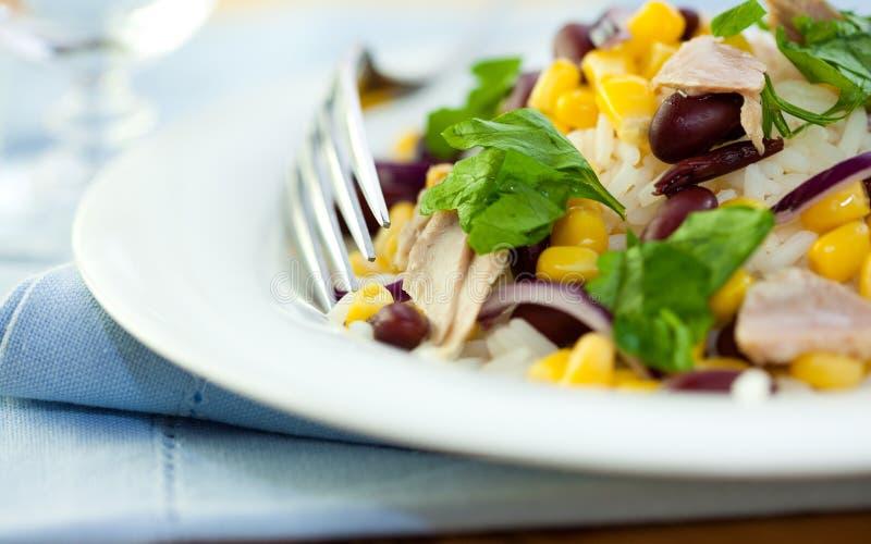 fasoli sałatkowy sweetcorn tuńczyk zdjęcie stock