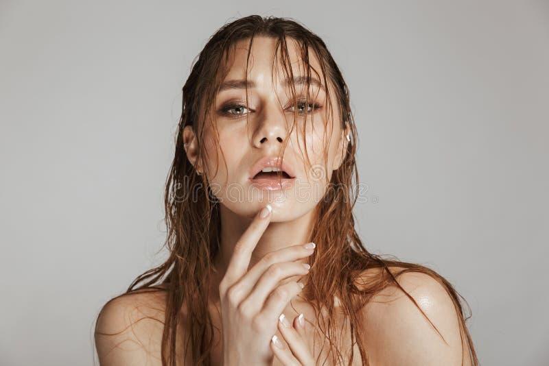 Fasonuje portret toples piękna kobieta z makeup obraz stock