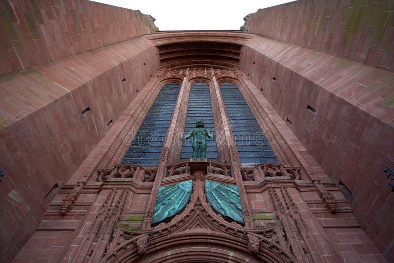 Fassade der anglikanischen Kathedrale in Liverpool - Vereinigtem Königreich lizenzfreies stockfoto