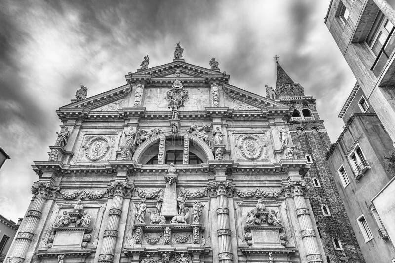 Fassade der Kirche von San Moise, Venedig, Italien stockbild