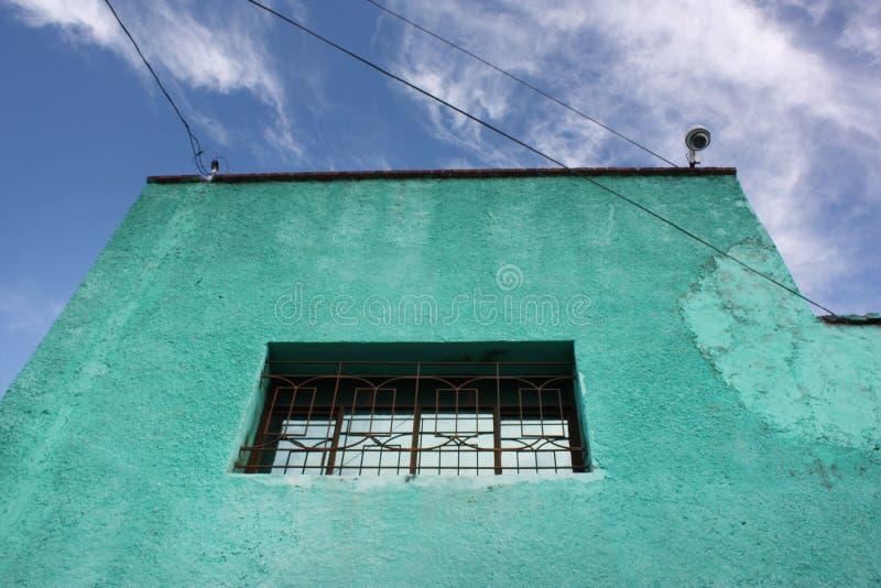 Fassade des mexikanischen Gebäudes lizenzfreie stockfotos