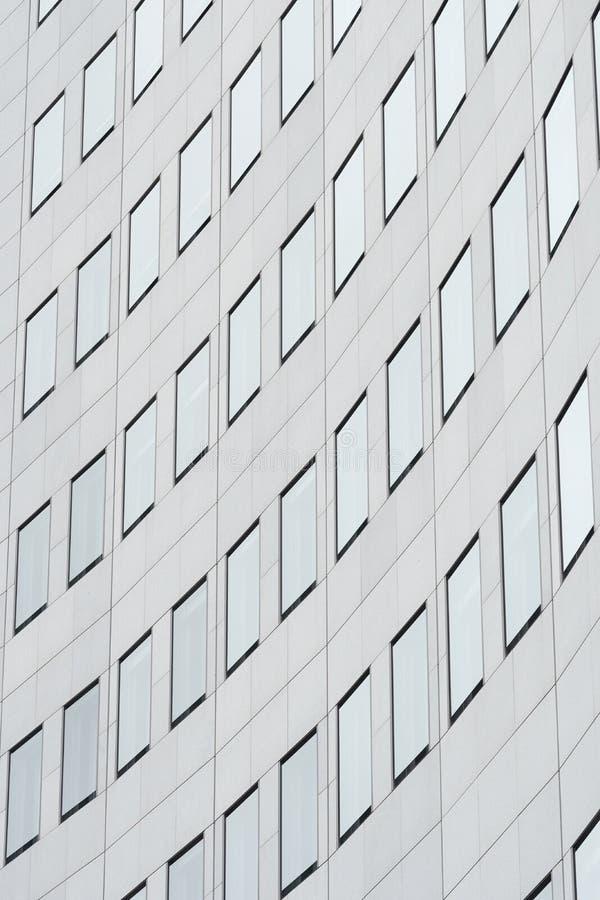 Fassade eines Wolkenkratzers in Leipzig lizenzfreie stockfotografie