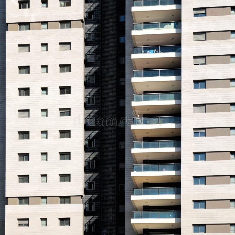 Fassade mit Windows in Folge stockfotos
