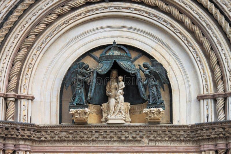 Fassade von Orvieto-Kathedrale lizenzfreie stockbilder