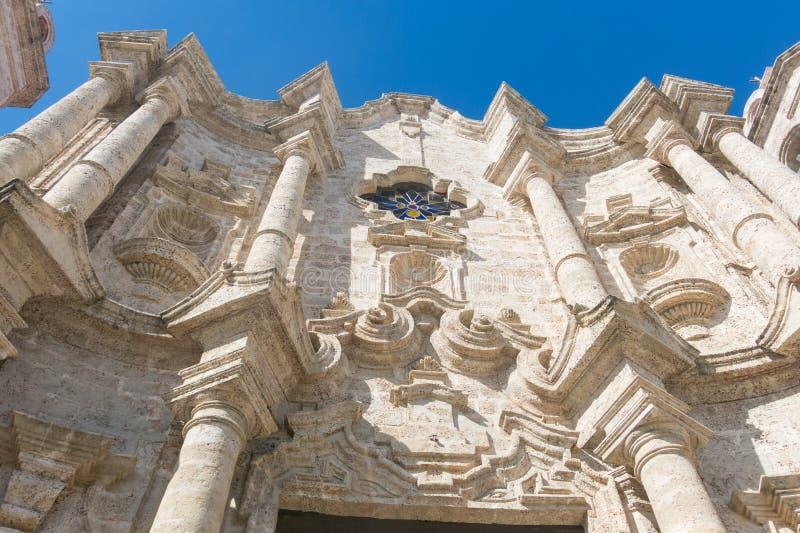 Fassade von San Cristobal Cathedral, Havana Cathedral, in altem lizenzfreie stockfotos