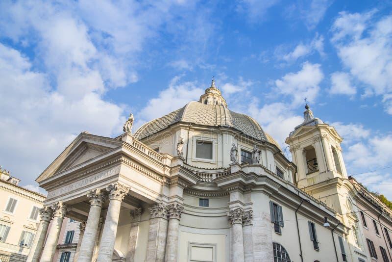Fassade von Santa Maria-dei Miracoli-Kirche lizenzfreie stockbilder