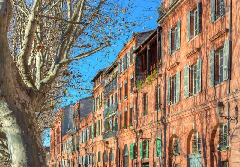 Fassaden von Toulouse stockfotos
