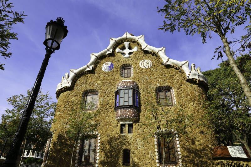 Fassadenansicht Von Lebkuchen Haus Des Architekten Gaudi