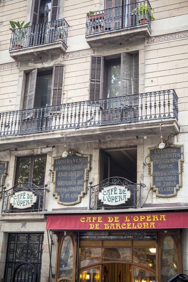 Fassadengebäude im Las Ramblas, Barcelona stockfoto