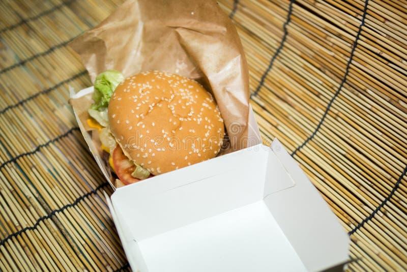fast food di Amburgo fotografie stock libere da diritti