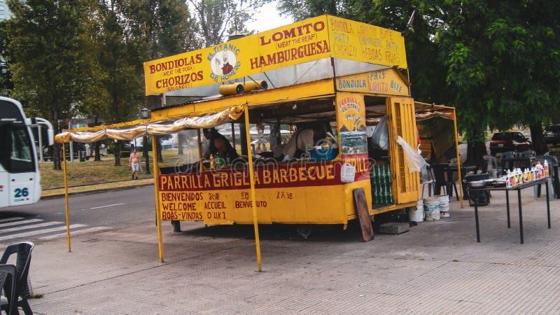 Fastfoodkiosk i Buenos Aires, Argentina fotografering för bildbyråer