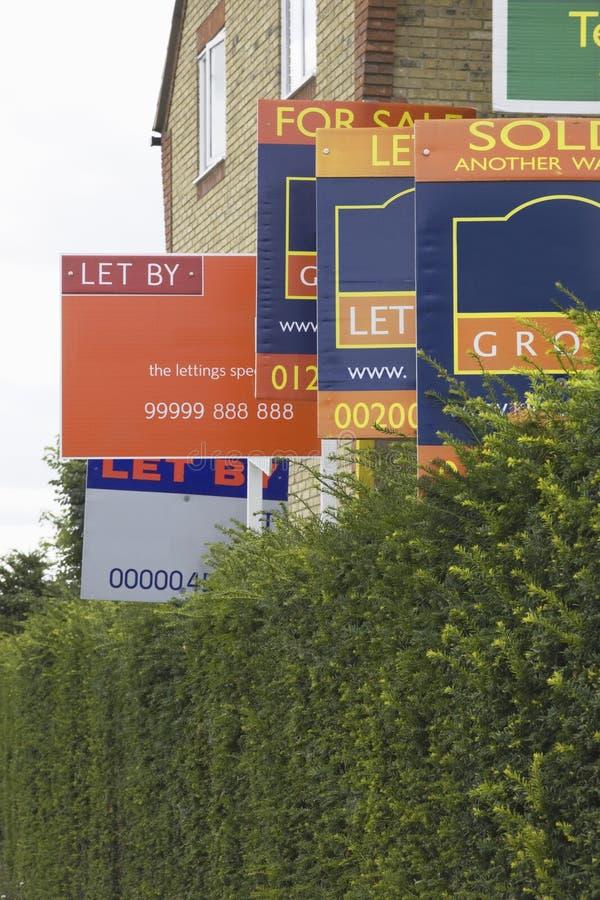 Fastighetsmäklare Signs fotografering för bildbyråer