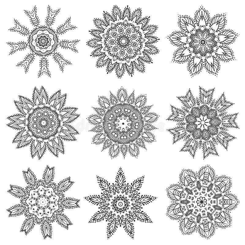Fastställda beståndsdelar för mandala för handteckningszentangle vektor illustrationer