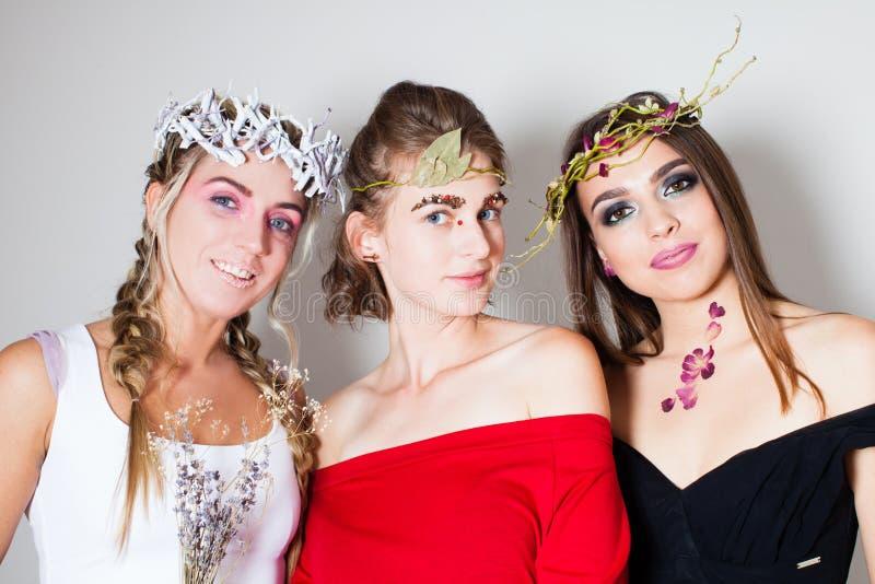 Fatati delle giovani donne fotografia stock libera da diritti