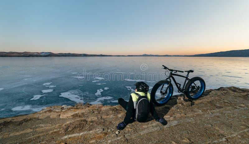 Fatbike vette fiets of vet-bandfiets royalty-vrije stock afbeeldingen
