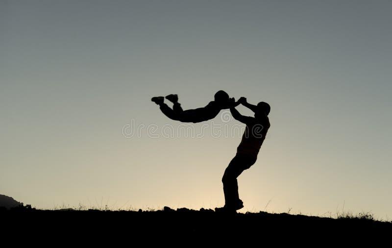 Father& x27; amore di s per i bambini immagini stock libere da diritti