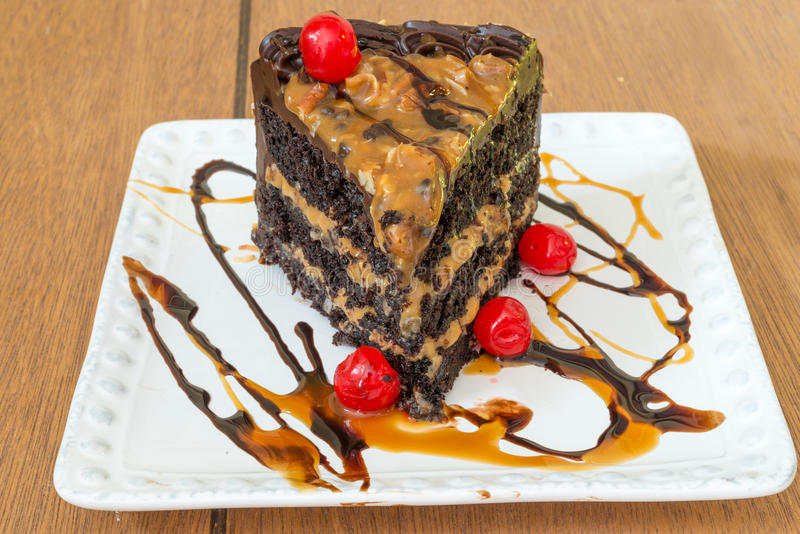 Fatia de bolo do caramelo imagem de stock